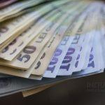RMDSZ: a kormány tartsa be a törvényt, duplázza meg a gyermekpénzt!