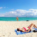 F. Cîţu: Nem lesz kötelező a védőmaszk viselése a tengerparton